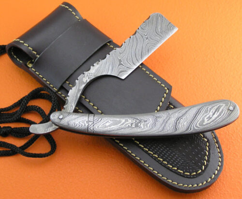Full Damascus Folding Razor
