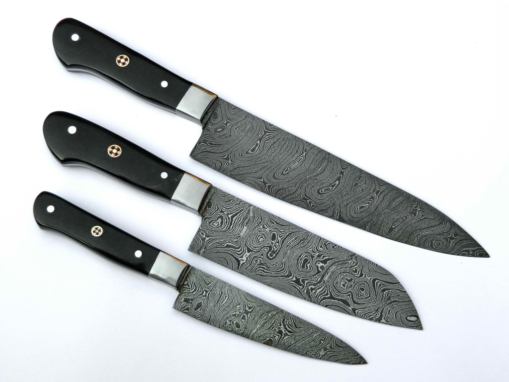 damascus kitchen knives set with leather sheaths